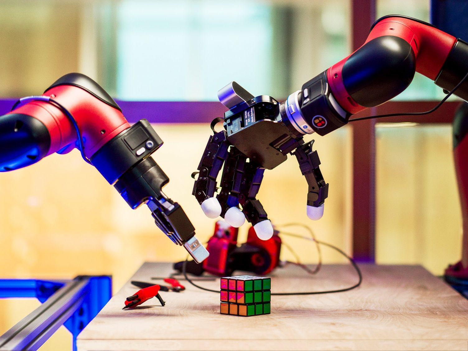 PGC established Robotics Labs for intermediate students